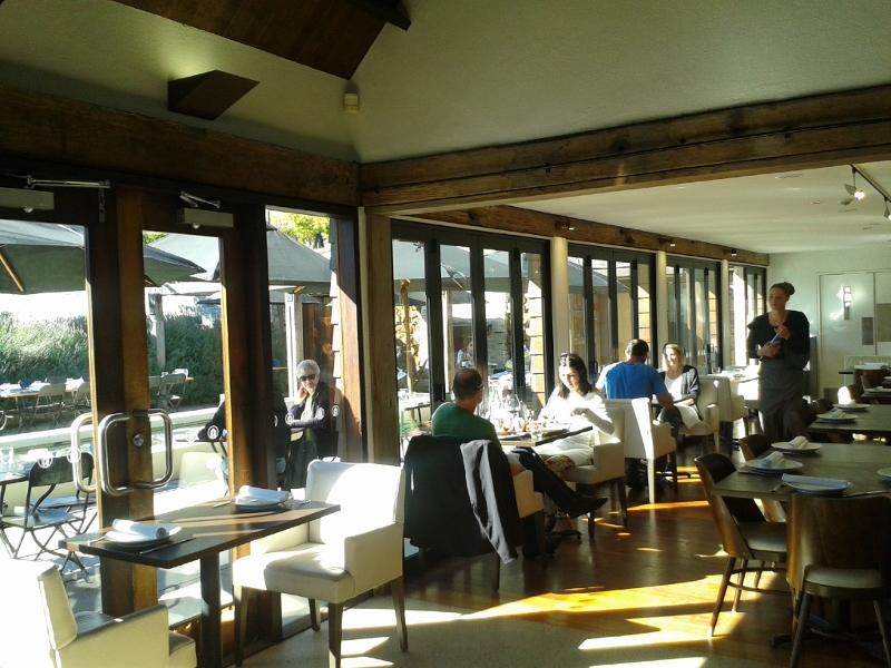 アミスフィールドワイナリーレストラン