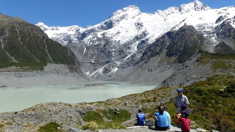 フッカーバレートラック第2のミュ-ラー氷河湖見晴らし台