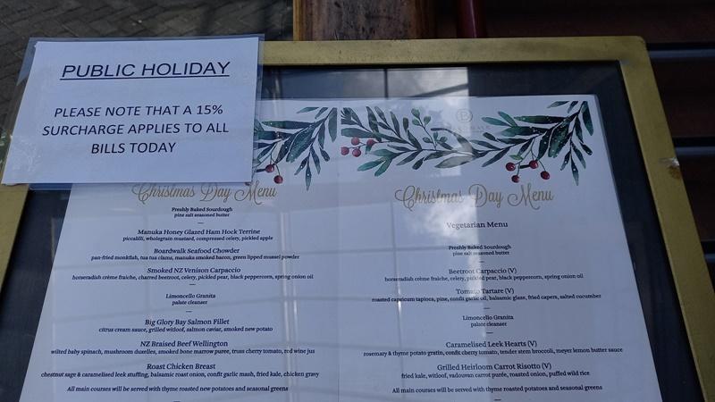 クイーンズタウンボードウォークレストランクリスマスの特別ディナーメニュー