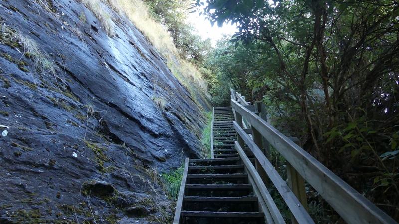 ロッキーマウンテントラック急な階段